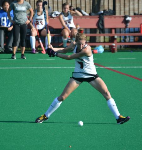Ellen Colbourne delivers the ball upfield into the circle for the assist against Temple. Ellen will be a key player next year!
