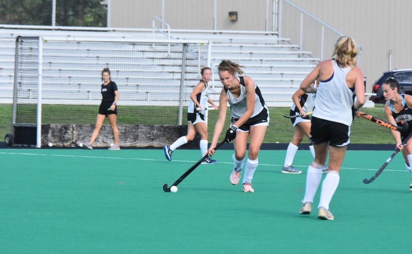 The 2019 Leopard Field Hockey Team Hits The Road For The First Time
